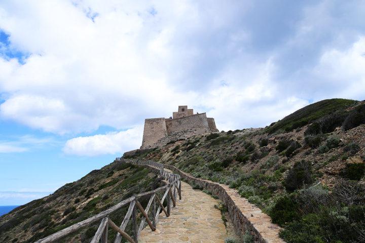 castello-punta-troia-marettimo-5