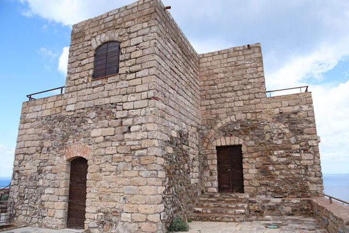 castello-punta-troia-marettimo-7