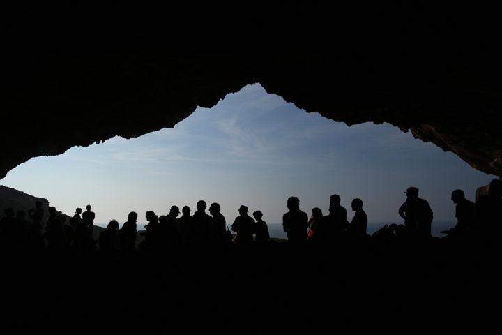 dalla-grotta-di-contrada-emiliana